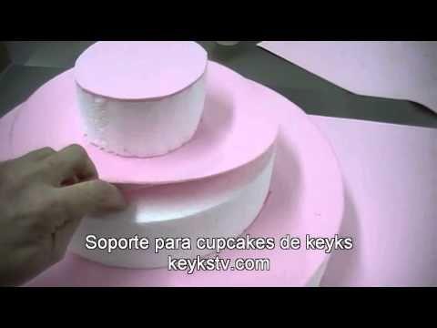 Este stand es ideal para exponer los cupcakes en las fiestas infantiles