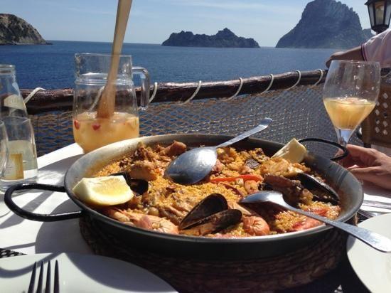 Paella and sangria at Es Vedra #ibiza