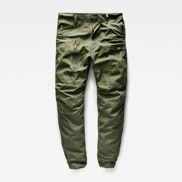 The flightsuit-inspired Powel features boxy asymmetrical pockets and an easy, loose fit.
