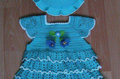 Mavi ipten örülmüş kız çocuğu elbisesi ve şapkası - Bebek Çocuk Elbiseleri
