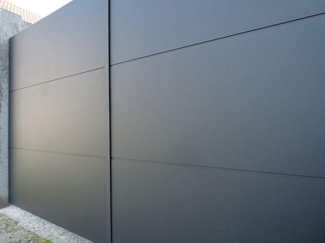 Portail aluminium avec cadre invisible