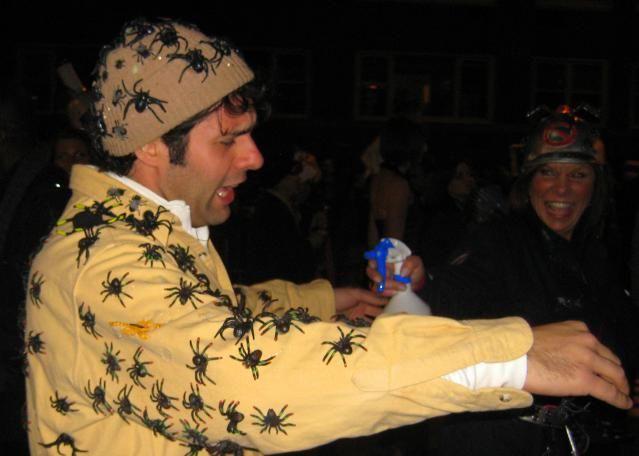 Top 6 NYC Halloween Costume Shops: Abracadabra Superstore