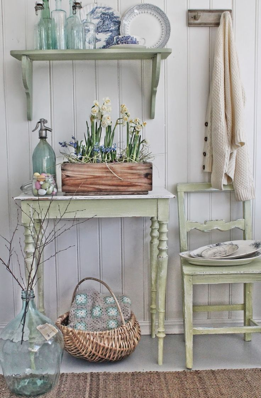 25 best ideas about painted farmhouse table on pinterest - Deco retro chic ...