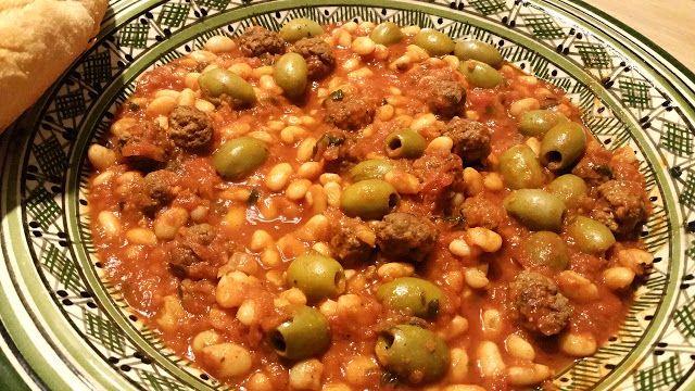 Ellouisa: Loubia (Marokkaanse witte bonen in tomatensaus)