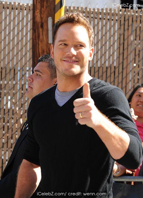 Chris Pratt arrives at Jimmy Kimmel Live http://icelebz.com/events/chris_pratt_arrives_at_jimmy_kimmel_live/photo2.html