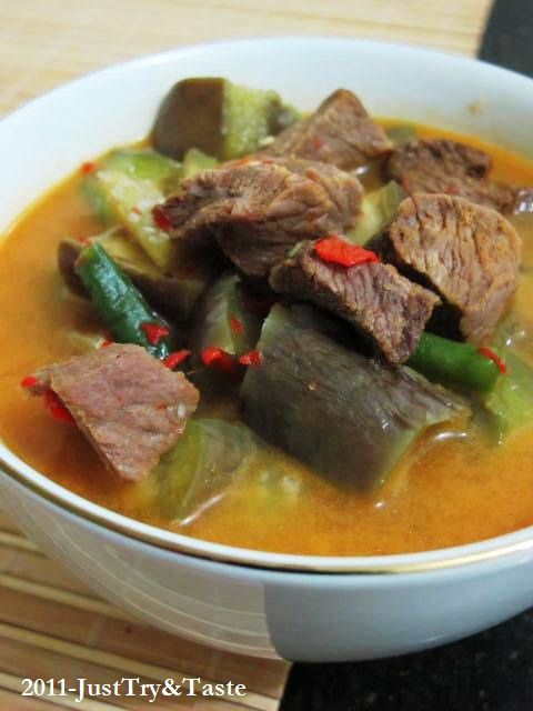 Sayur Lodeh Istimewa Super Pedas ala My Mom | Just Try & Taste