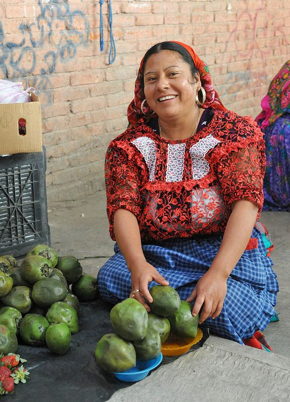 A woman with a great smile at the Sunday market in Tlacolula, Oaxaca