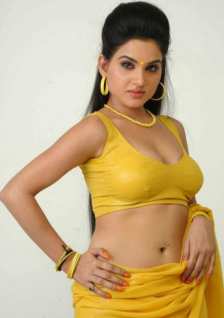 Hot and sexy Bollywood model girl kavya singh very hot navel cleavage show in saari as teacher with her cute face and booty boobs and bra bl...
