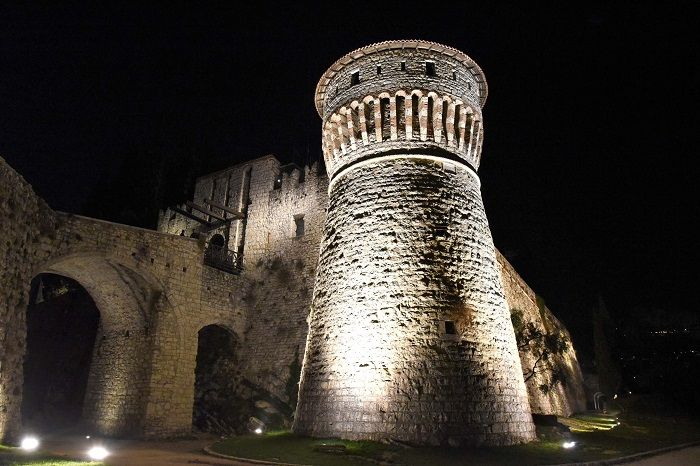 """Il Castello """"sotto un'altra luce"""": eventi nell'evento"""