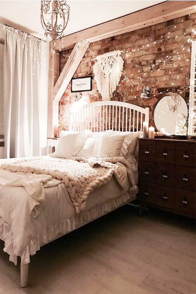 33 Stylish Bedroom Decorating Ideas To Inspire You Bedroom Interior Woman Bedroom Comfortable Bedroom
