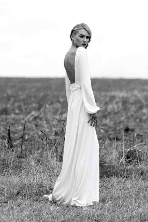 via Bridal Trend Article: Long Sleeve Gowns / Wedding Style Inspiration / LANE (For more inspiration: Instagram: the_lane Facebook: www.facebook.com/thelane Mailing List: www.thelane.com/newsletter )