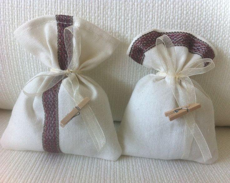 Sacchetti-Bomboniere matrimonio in misto lino bianco e pizzo- Dimensione 12x10 cm - Varieta' di opzioni colore - Rustic chic di EntulaCreazioni su Etsy