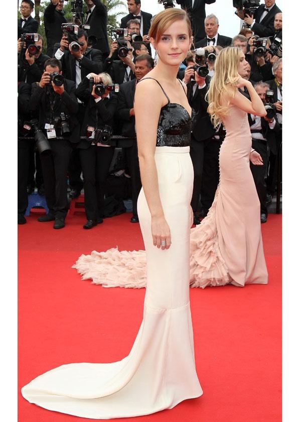 Cannes Film Festival: Emma Watson in Chanel / Festival de Cannes: Emma Watson en Chanel