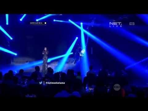 Tata Janeeta & Nicky Astria - Medley Mengapa & Panggung Sandiwara - Gebyar BCA - YouTube