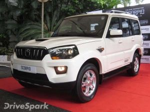 Upcoming Mahindra Scorpio Facelift To Feature Automatic Gearbox from XUV 500