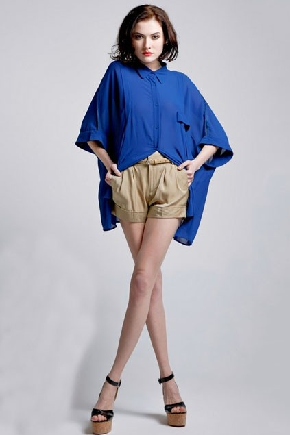 loose blouse with an irregular hemline-OASAP