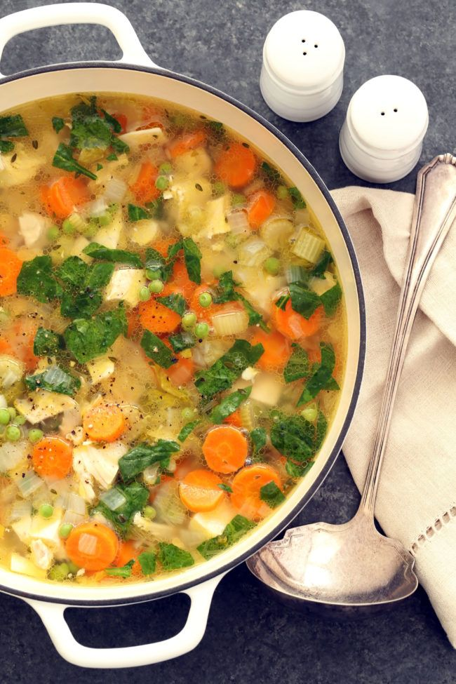 This Spring Chicken Vegetable Soup is a timeless classic. It makes a perfect one-pot meal for any night of the week. | detox chicken soup recipe | | clean eating | | healthy recipes | @theharvestkitchen.com