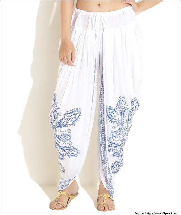 Printed cotton white harem pants are a perfect idea to wear in summer and spring.  #harempants   #womenpants