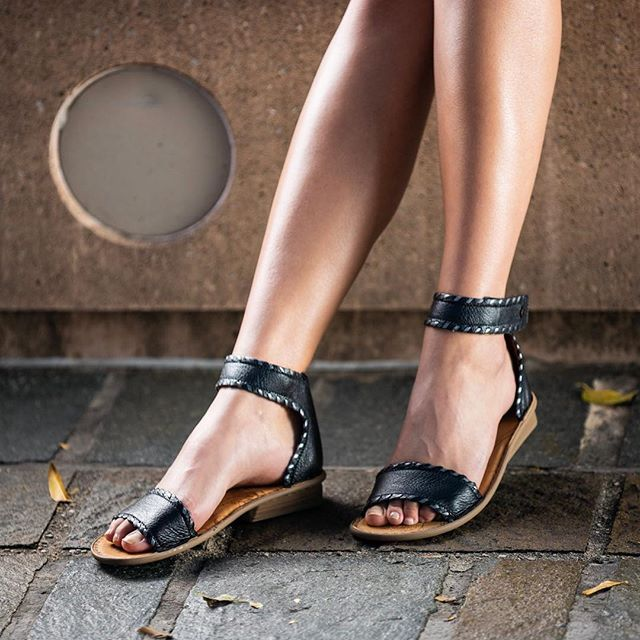 Tsonga Leather Shoes and Bags Made in Africa   Bag making