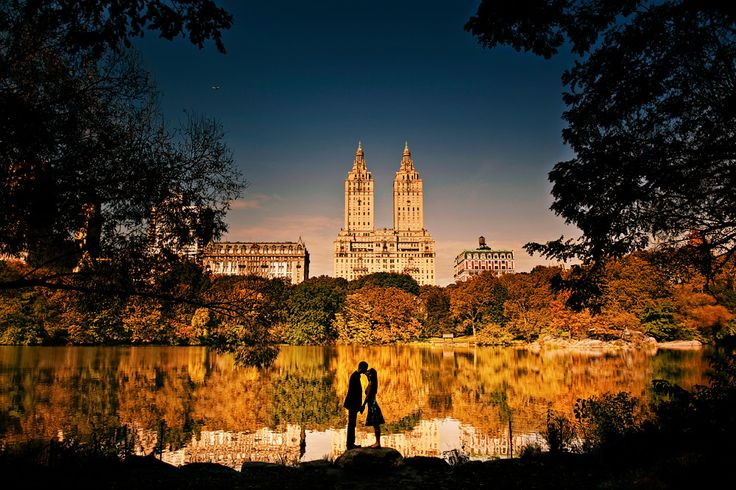 Central Park Engagement Session / Photo by Maloman Studios