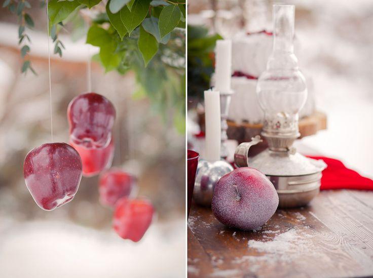 Я считаю, что яркие оттенки красного для зимнего декора это самое то, и никуда от этого не денешься) Оформление зимней свадьбы от Made With Love...