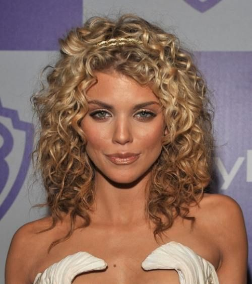 Maybe my hair will look like this if I cut it shorter...