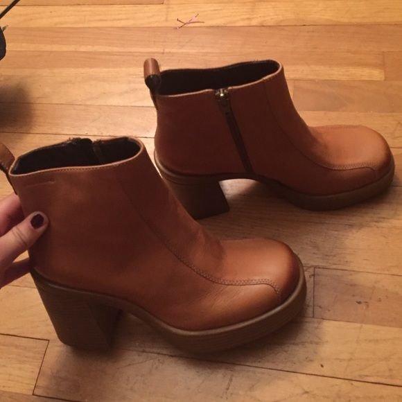 Brand new Vagabond boots. Tan vintage vagabond boots never worn! Urban Outfitters Shoes Ankle Boots & Booties