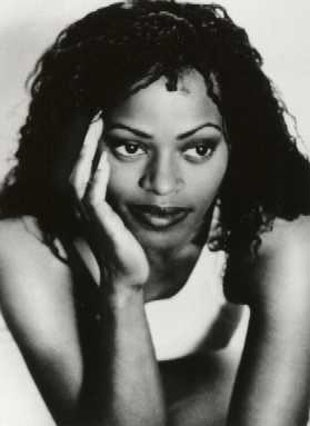 Des'ree (born Desirée Annette Weeks), British R&B recording artist. She rose to popularity during the 1990s. She is well known for her hits: Feel So High, You Gotta Be (which became the most played music video on VH1 and remained on the Billboard airplay chart for 80 weeks), Life, and Kissing You (for  the William Shakespeare's Romeo + Juliet soundtrack). She has has won several awards, including a Brit Award, an Ivor Novello Award, World Music Award, Urban Music Award and a BMI award.