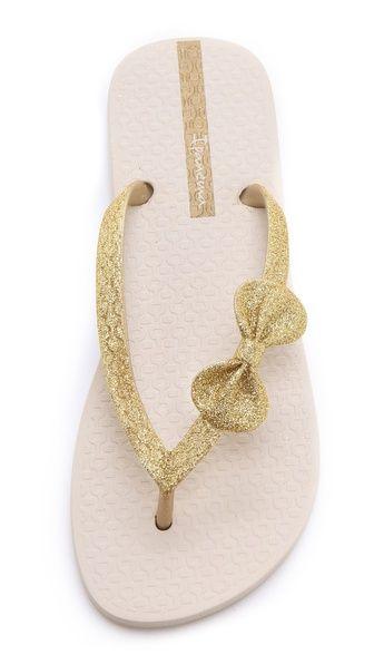glitter bow flip flops? yes, please!