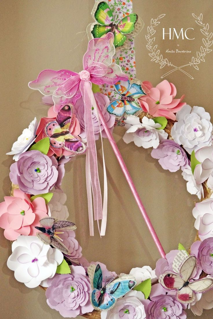 Amazing Paper Flower wreath from - Girly pretties: Enchanted Fairy Party #svgfiles #papercrafts