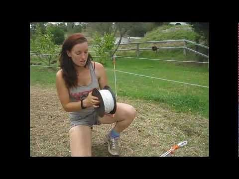 ▶ How to set up an electric fence for horses - YouTube