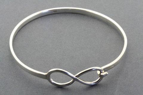 infinity closer bangle