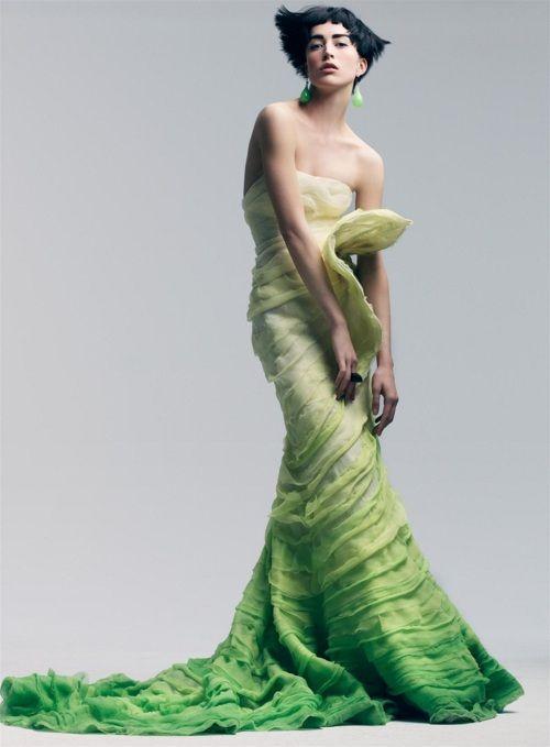 Raquel Zimmermann by Craig McDean for Vogue (December 2007).