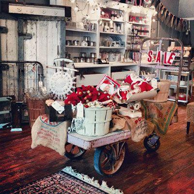 Vintage Indiana boutique shopping hotspot!
