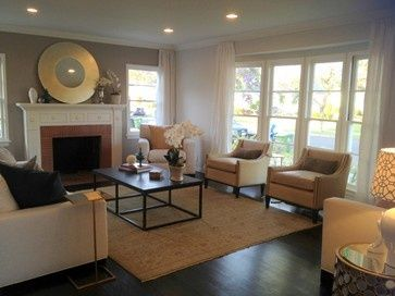 Front windows home and foyers on pinterest for Split entry living room decorating ideas