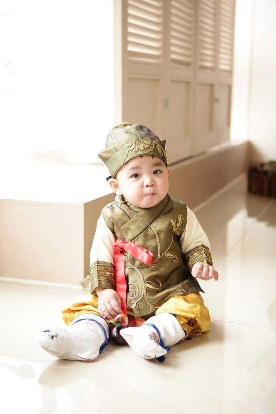 #Hanbok #Korea