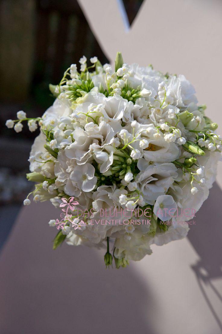 brautstrauß mai | Sonnige Grüße – Brautstrauß in weiß | das-bluehende-atelier
