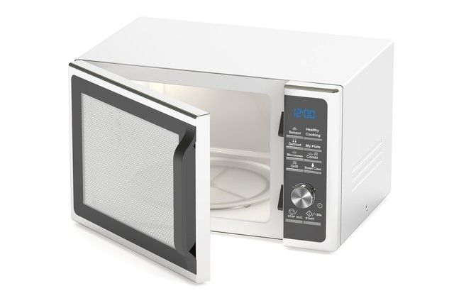 何かと便利な「重曹」はキッチン汚れの強い味方だったんです!そんな重曹を使ってキッチン用具やキッチン家電をピカピカにする方法をご紹介します♪