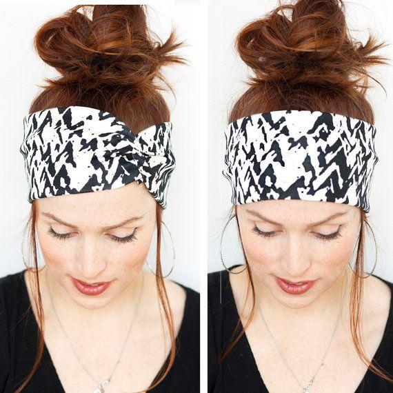 Black and white Headband Minimalist Mountain Ink Print Womens Hair Accessories Headbands Turbans Gift for her Yoga Headband Minita Studio