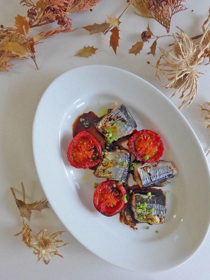 実山椒と粉山椒、いずれを使ってもそれぞれに異なる風味が楽しめ、ワインとも合う。バルサミコ酢の煮詰め過ぎに注意して。 『ELLE gourmet(エル・グルメ)』はおしゃれで簡単なレシピが満載!