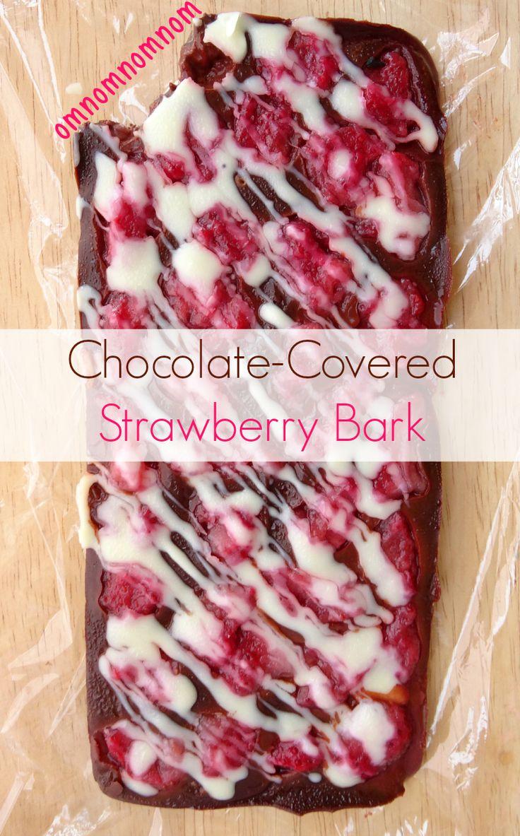 Chocolate-Covered Strawberry Bark Recipe | www.pinkrecipebox.com