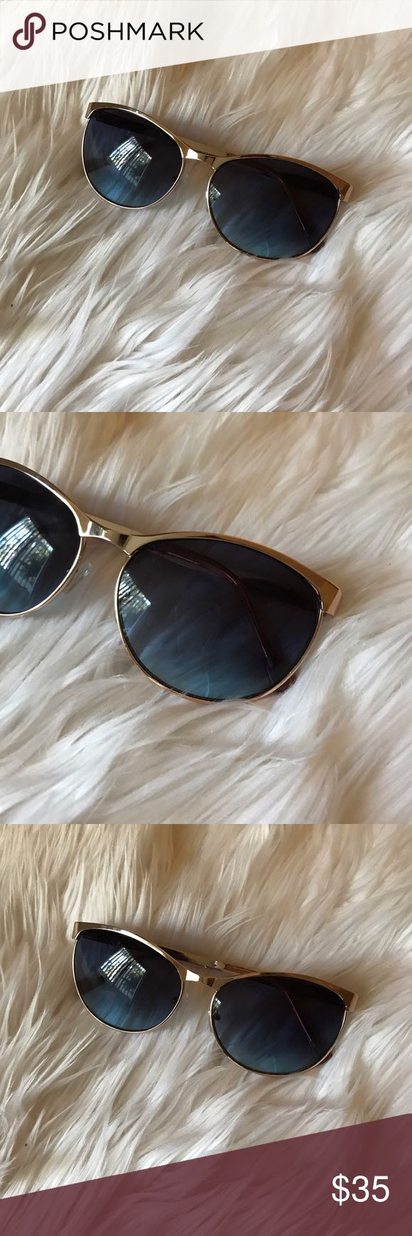 💠 Rose Gold Sunglasses New , tried on but not worn, no scratches, has blue like lenses and rose gold frame Jessica Simpson Accessories Sunglasses
