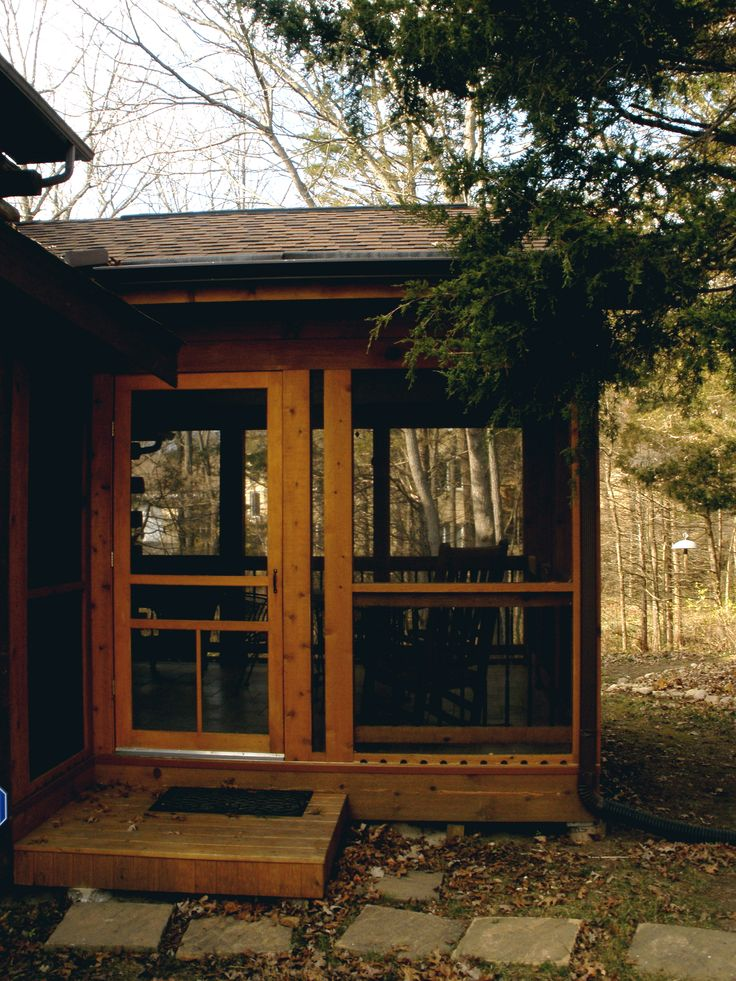 Log cabin screened porches hughes custom carpentry new for Spec home builders near me