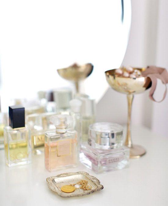 Perfume displayDecor, Rose Gardens, Perfume Collection, Champagne Glasses, Dresses Tables, Pastel Pink, Vanities, Interiors Design, Wedding Bedrooms