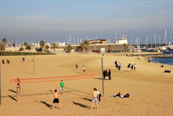 #barcelone #barcelona #барселона #чемзаняться #развлечения #отдых #спорт #пляжи Пляжные игры в Барселоне. Как не потерять форму за время отпуска в Барселоне | Барселона10 - путеводитель по Барселоне