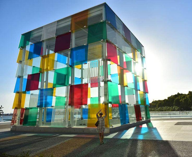 Inbjudande samtidskonst på Centre Pompidou Málaga