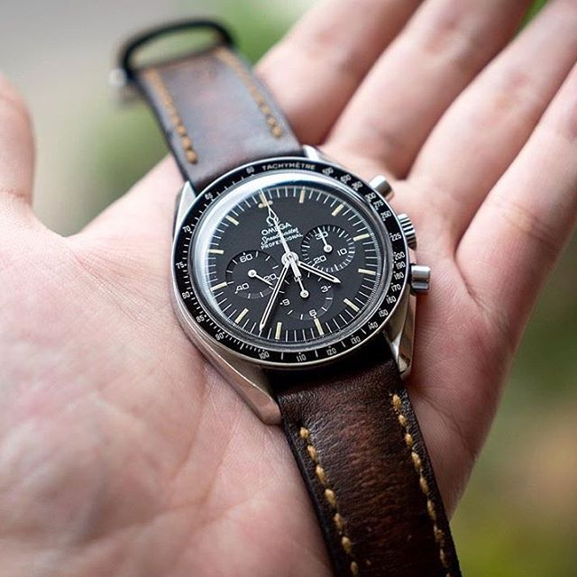 Omega Speedmaster on a cool @gunnystore strap