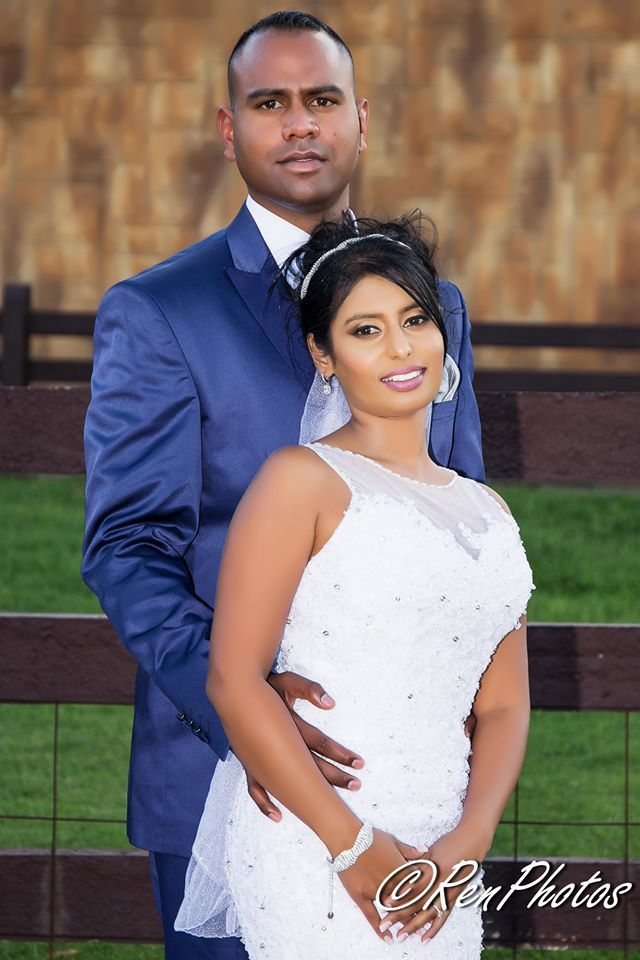 gauteng wedding photography - Benoni locations for Karen and Jodache's wedding. couple and bridal party photos at flamingo's nest guest house