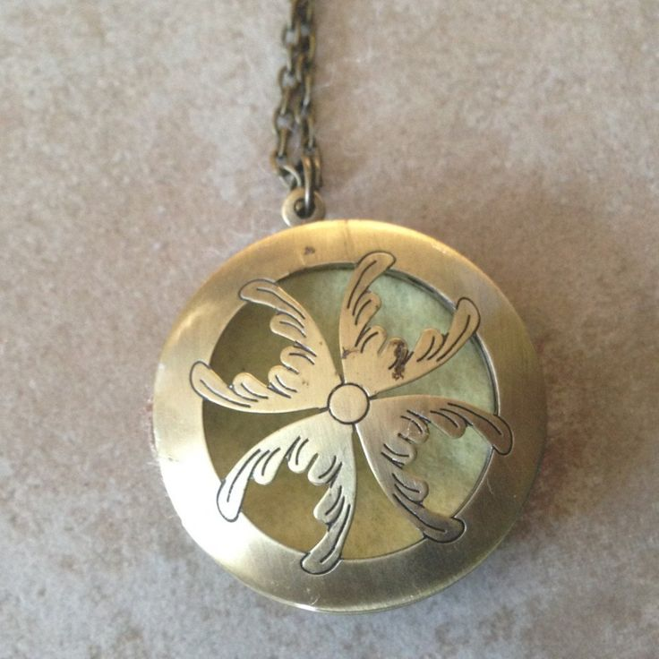Petal  Diffuser Necklace