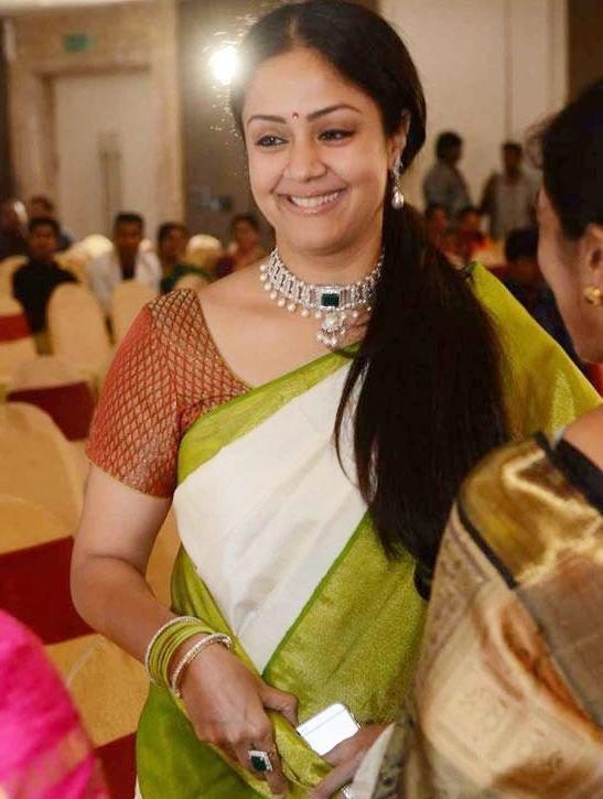 Jyothika and family at SR Prabhu Family wedding reception
